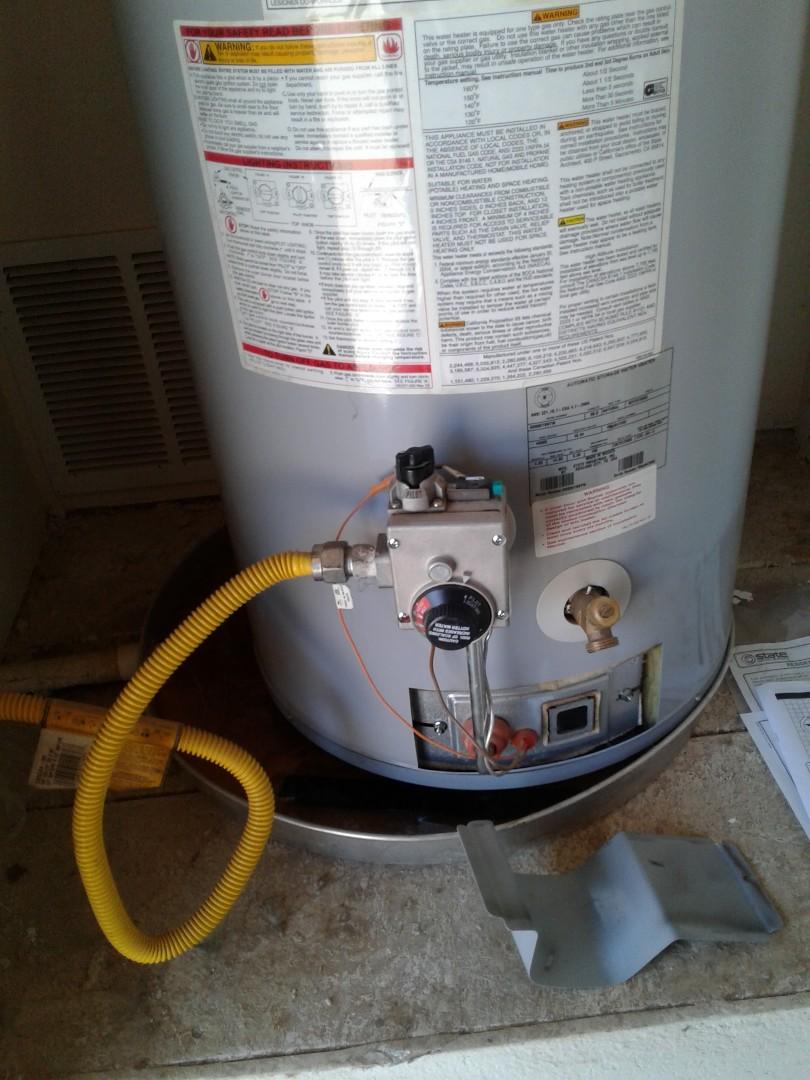 Arlington, TX - Leaking water heater