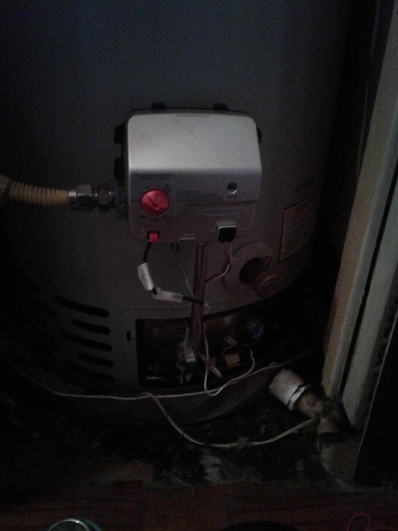 Duncanville, TX - Water heater will not light