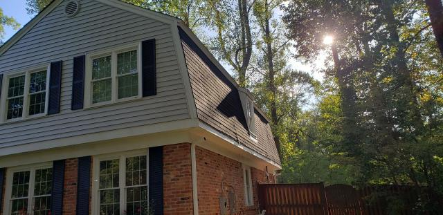 Vienna, VA - OHI installed brand new seamless gutters on this beautiful home. Ply Gem Leaf Relief was also installed, and those top of the line gutter guards means there is less cleaning and maintenance required for this great home.