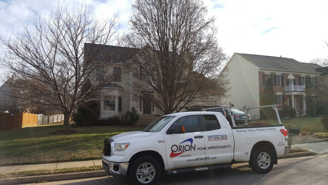 Woodbridge, VA - Full roof replacement in Woodbridge. Roof leak due to ice and snow build up. Interested in snow removal after roof installation.