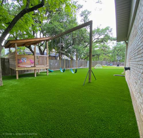 LawnPop artificial turf project for in Austin Texas.
