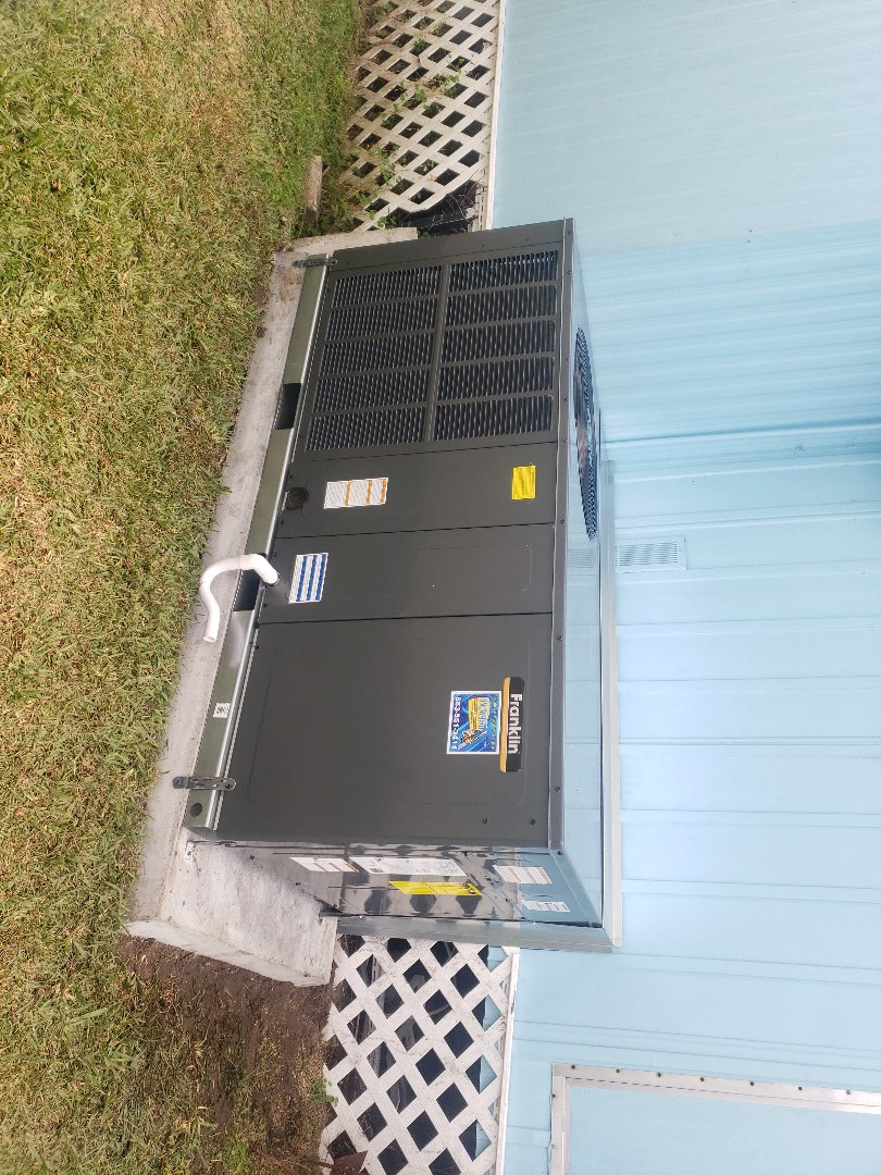 Lakeland, FL - New AC install in Holiday MHP, Lakeland, FL