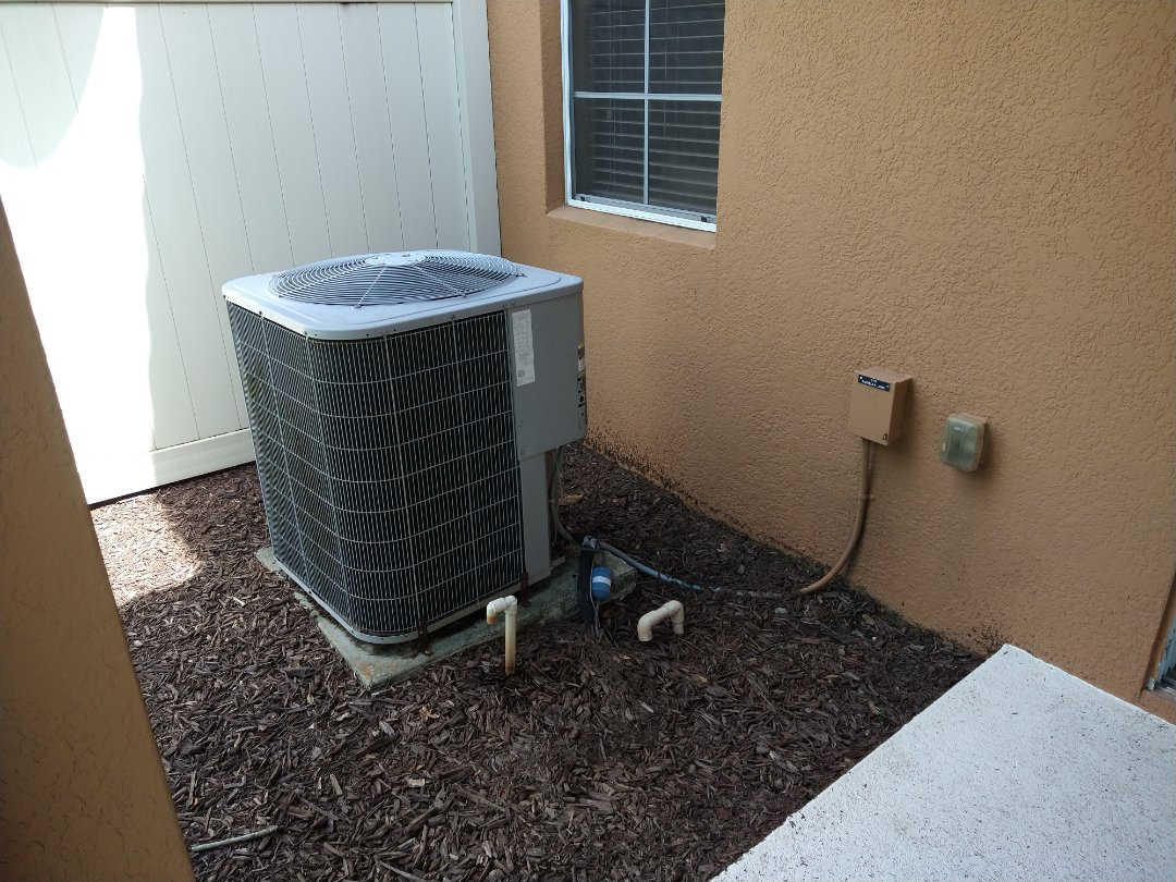 Sanford, FL - Free Estimate for a new Goodman A/C system with Heat Pump for a Property Management Company in Sanford.