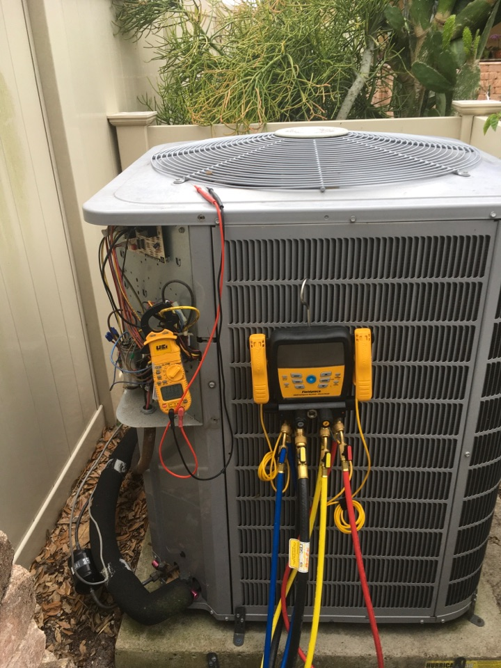 Lake Mary, FL - AC Service Lake Mary FL - Performing an AC Tune-Up in Lake Mary