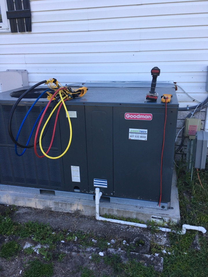 Zellwood, FL - Performing an AC Tune-Up in Zellwood