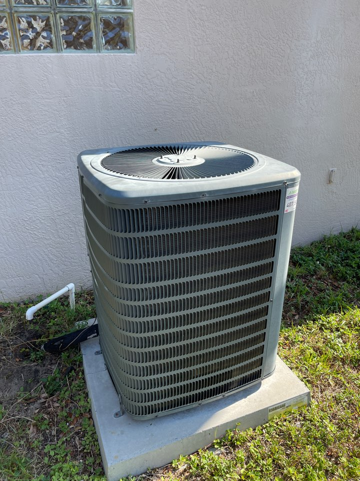 Minneola, FL - AC Installation Minneola - Upgrading an old AC System with a new high efficiency Franklin system.