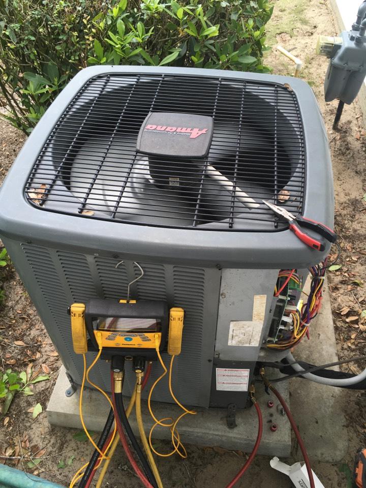 Leesburg, FL - Repairing an Amana furnace for a family at leesburg