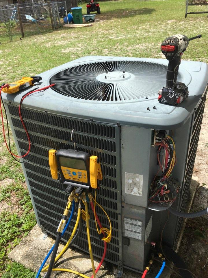 Deltona, FL - AC Maintenance Deltona - Performing AC diagnostic in Deltona
