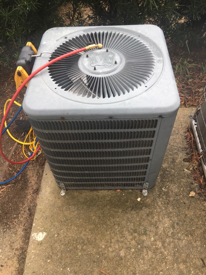 Kissimmee, FL - AC Repair Kissimmee FL - Diagnosed a Goodman ac system for a family in Kissimmee neighborhood