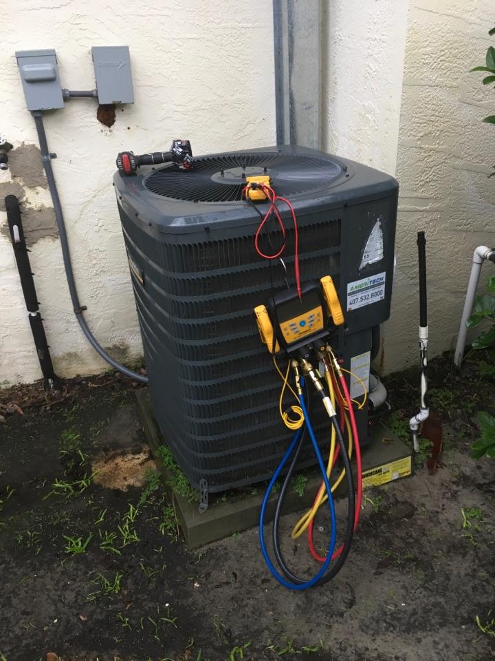 Sanford, FL - AC Repair Sanford FL - Performing an AC diagnostic in Sanford