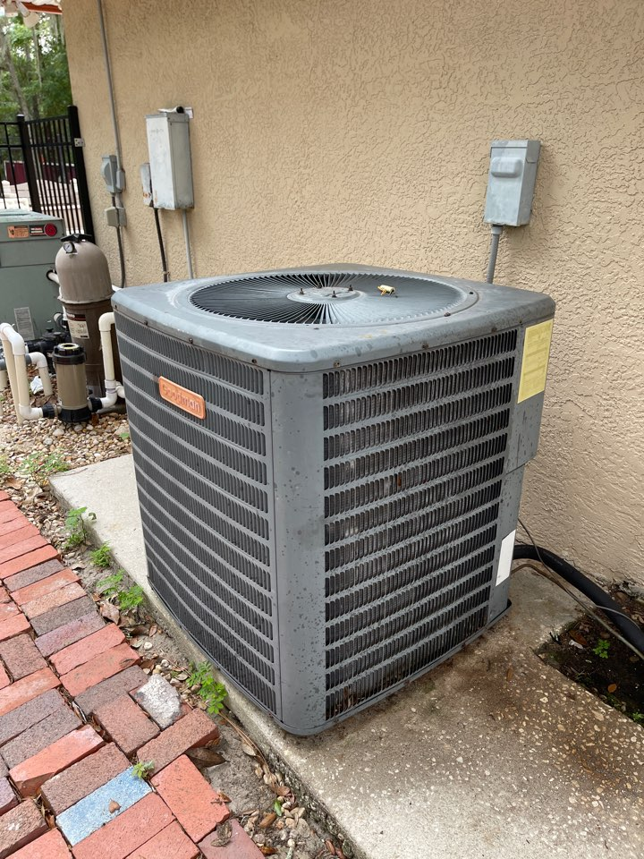 Orlando, FL - New AC System Installation Orlando - Replacing an old inefficient system with a new high efficiency Franklin system.