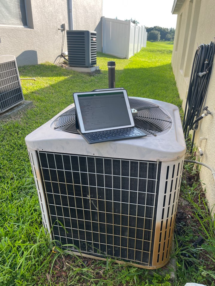 Groveland, FL - New AC Install Groveland - Replacing an old system in Groveland with a new high efficiency Franklin system.