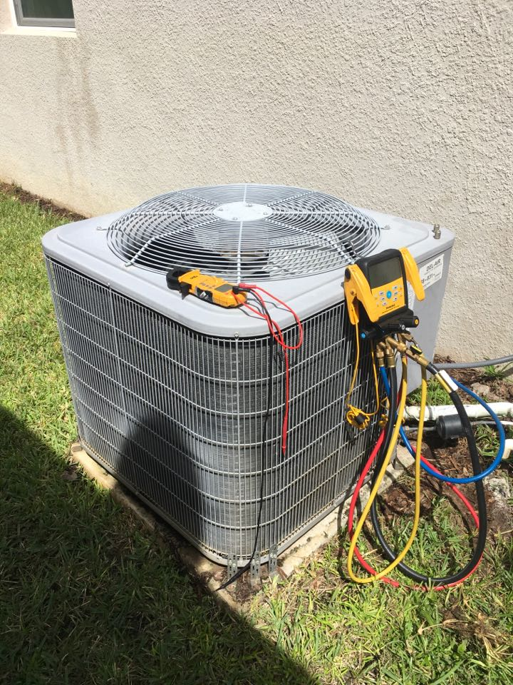 Tavares, FL - Diagnosing a system not cooling in Tavares