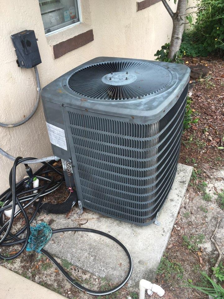 Deltona, FL - Performing AC diagnostic in Deltona