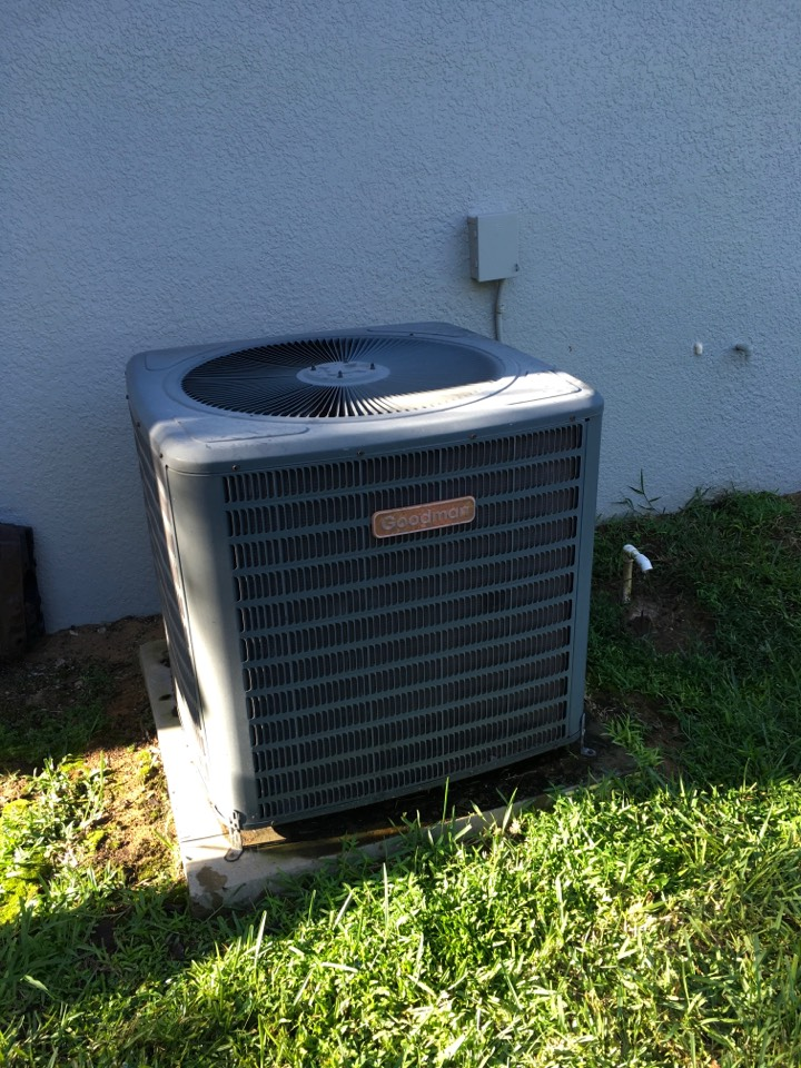 Clermont, FL - Performing an AC Tune-Up in Clermomt