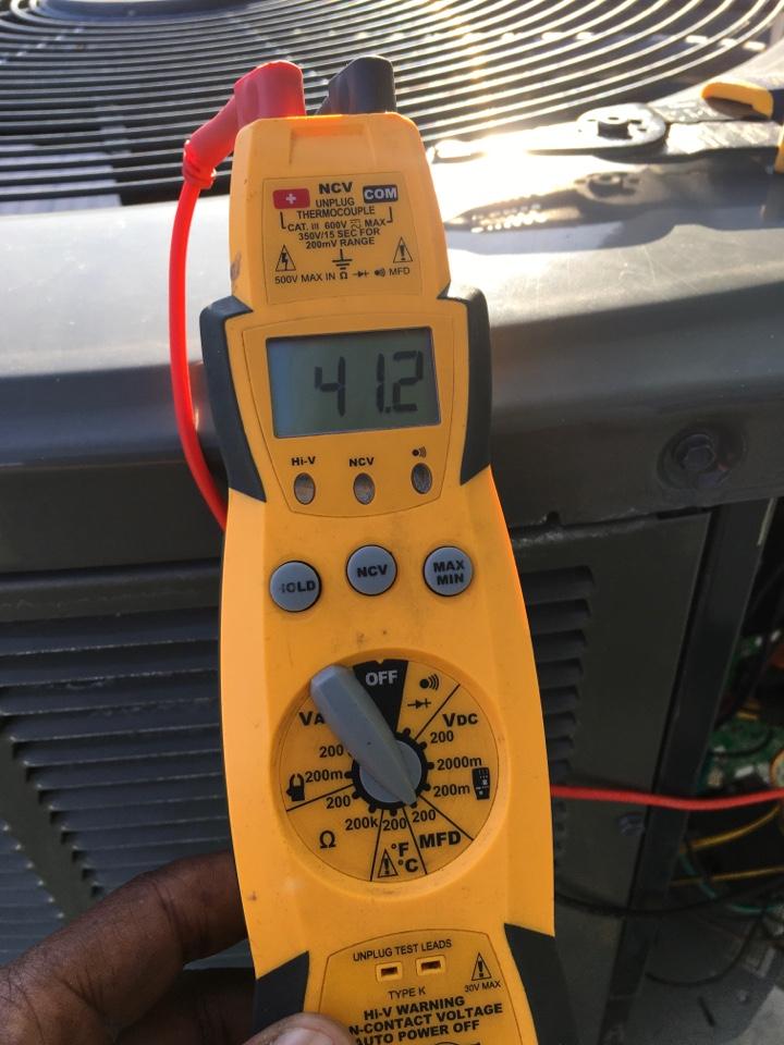 Orlando, FL - Maintenance on a Trane system for a family at lightener dr Orlando