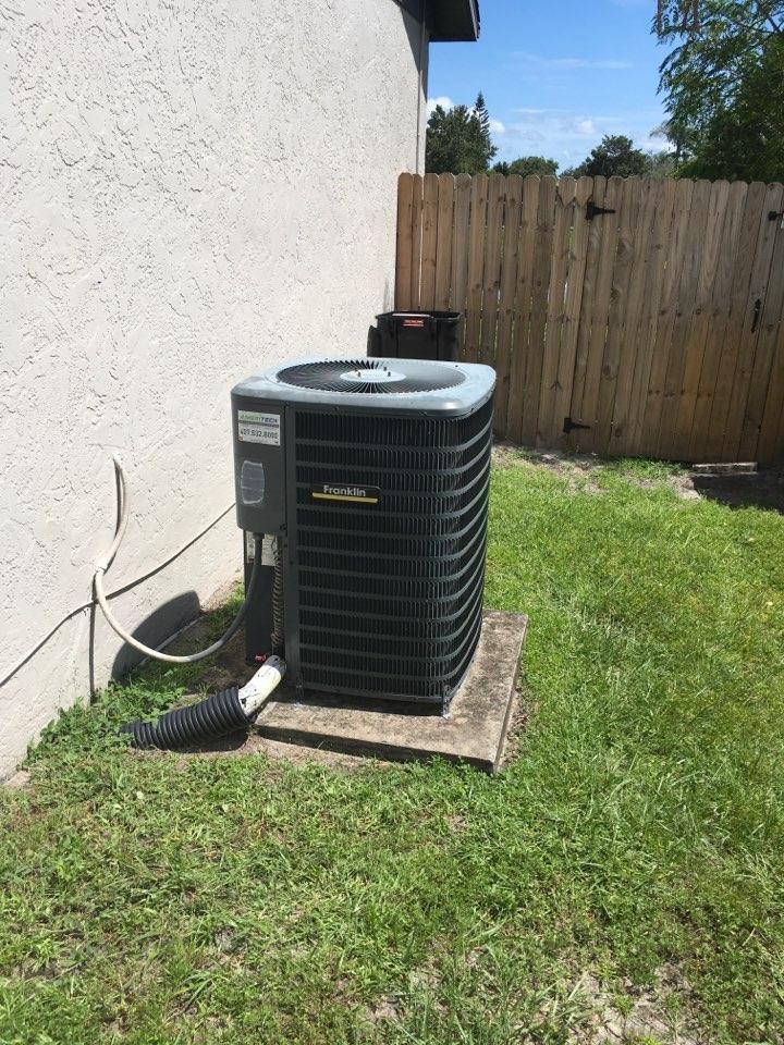 Orlando, FL - Servicing a Goodman heatpump system