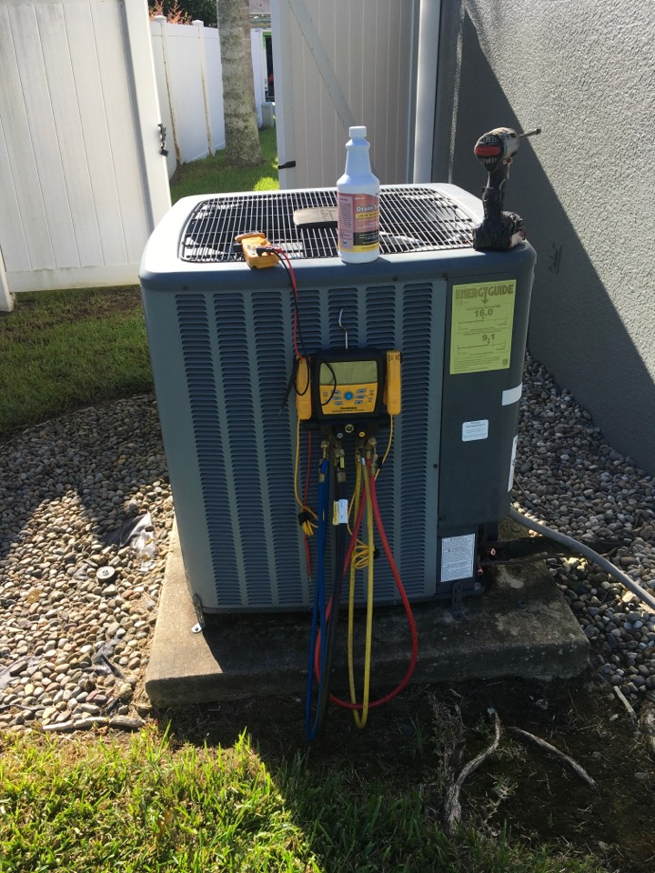 Sanford, FL - Performing an AC Tune-Up in Orlando