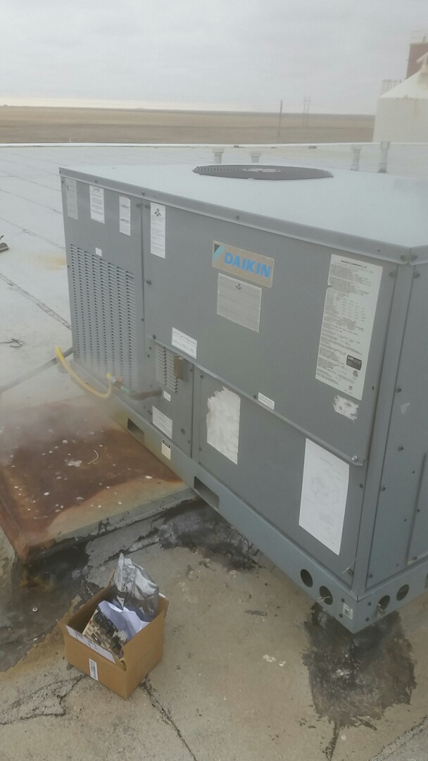 Cactus, TX - Working on a Daikin Packaged Unit.