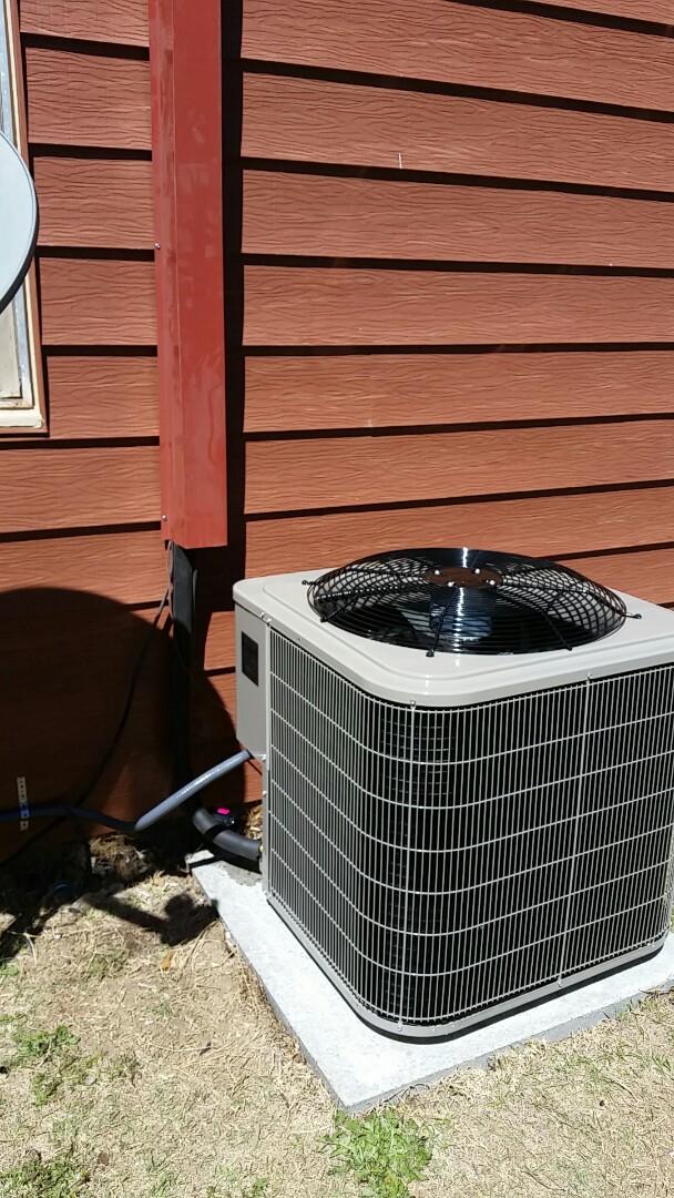 Dumas, TX - Install Bryant 2.5 ton  heating and air system