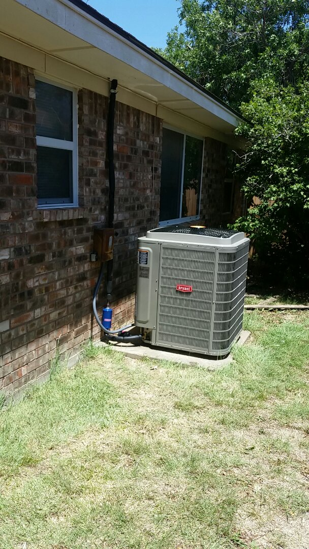 Dumas, TX - Installed a Bryant heating and air system