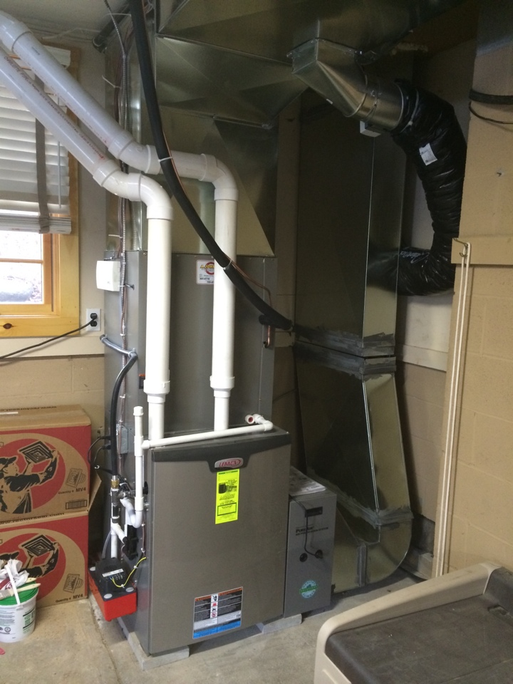 Lake Pleasant, NY - Replaced existing furnace with new Lennox Slp 98% high efficiency propane furnace and zoning control system.