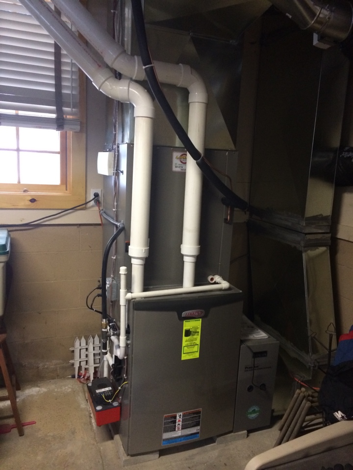 Lake Pleasant, NY - Replaced existing furnace with new Lennox Slp 98% efficient propane furnace, Lennox XP 25 air conditoing and Lennox two zone zoning system.