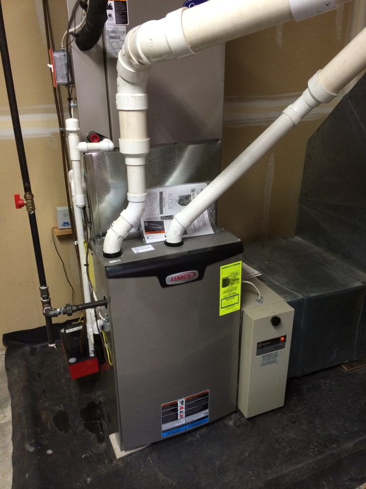Altamont, NY - Replaced existing natural gas furnace with Lennox 98% efficient gas furnace