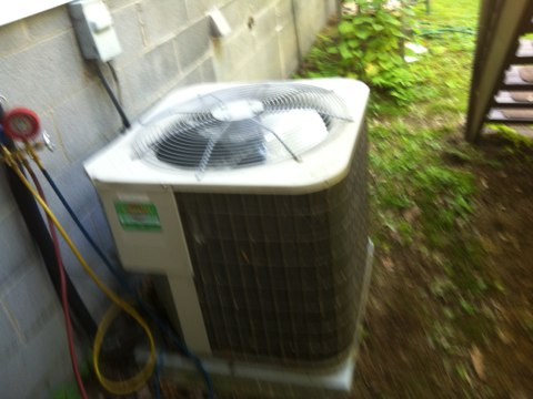 Colonie, NY - No air conditioning service call on Payne AC Unit . Found Compressor needed to be replaced . Installed new Compressor and Cleaned AC Unit  and set up customer Yearly Maintenance Program