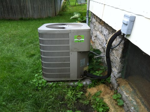 Sprakers, NY - Heating and Coolining Repair call ,No AC problem . Found contactor  bad . Replaced contactor checked amps and freon level . System is running fine