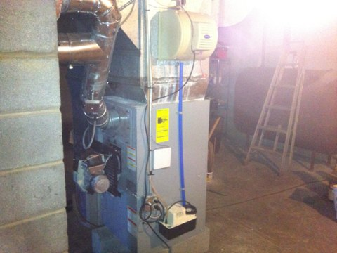 Delanson, NY - Carrier oil fired furnace with carrier humidifier and carrier air purification system tune up-cleaning and safety check completed customer already under contract system is up and running fine