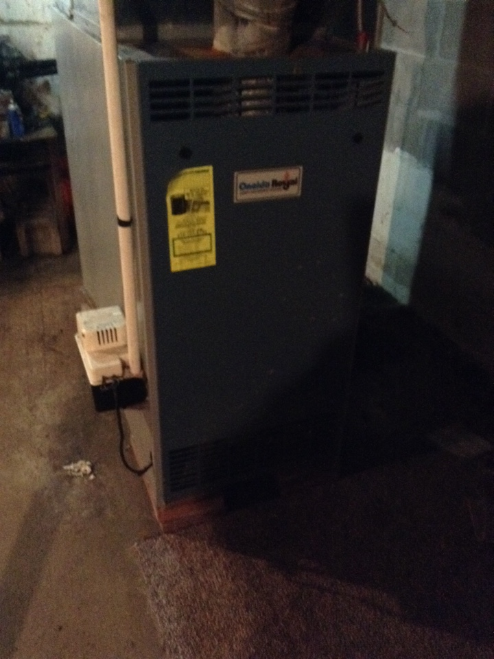 Broadalbin, NY - Heating service on oneida royal oil furnace replaced blower motor