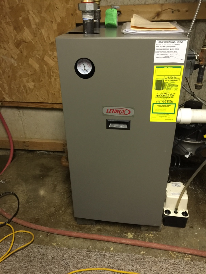 Fultonville, NY - Replaced existing boiler with new Lennox high efficiency propane boiler.