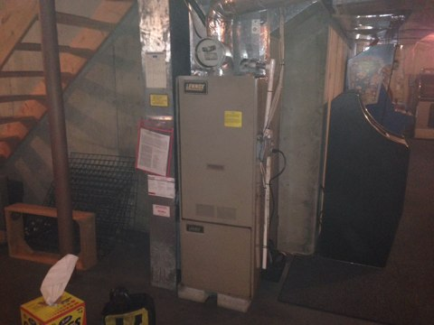 Middle Grove, NY - Lennox oil fired furnace not working . Found end cone broken and replaced