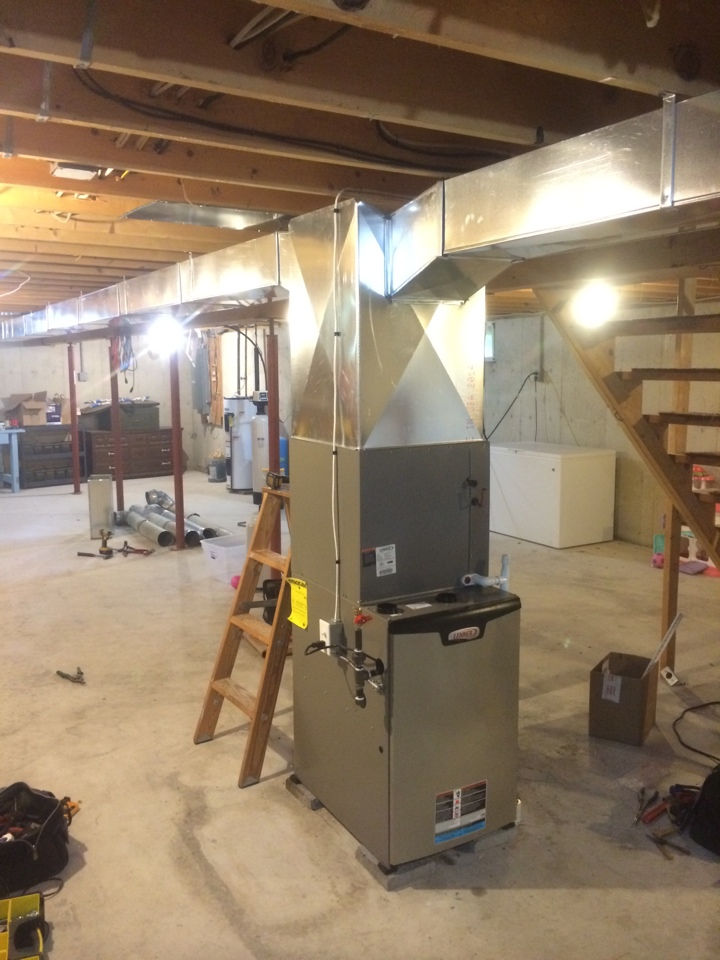 Schuylerville, NY - Replaced existing Lennox heat pump system with new Lennox Slp 98 high efficiency gas furnace, Lennox air conditioning and new duct work.
