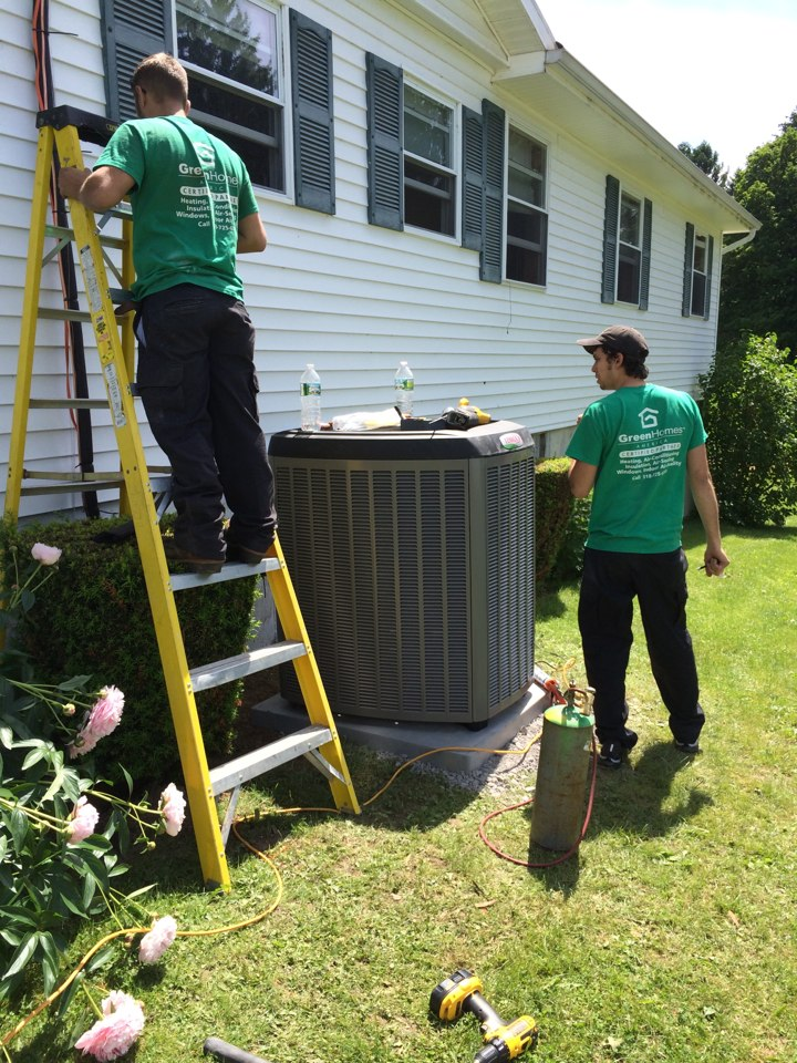 Sharon Springs, NY - Installation of new Lennox  solar  sun source  heat pump system