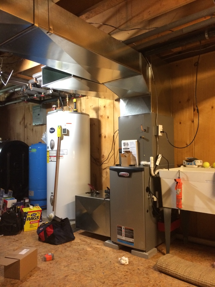 Gansevoort, NY - Replaces existing ThermoPride oil fired furnace with new Lennox Slp 98% efficient, L/P fired furnace and Lennox air conditioning.