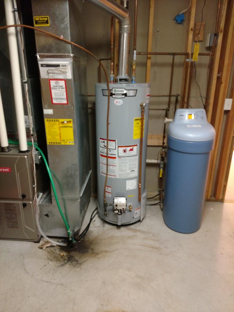 Woodbury, MN - Woodbury. New water heater.