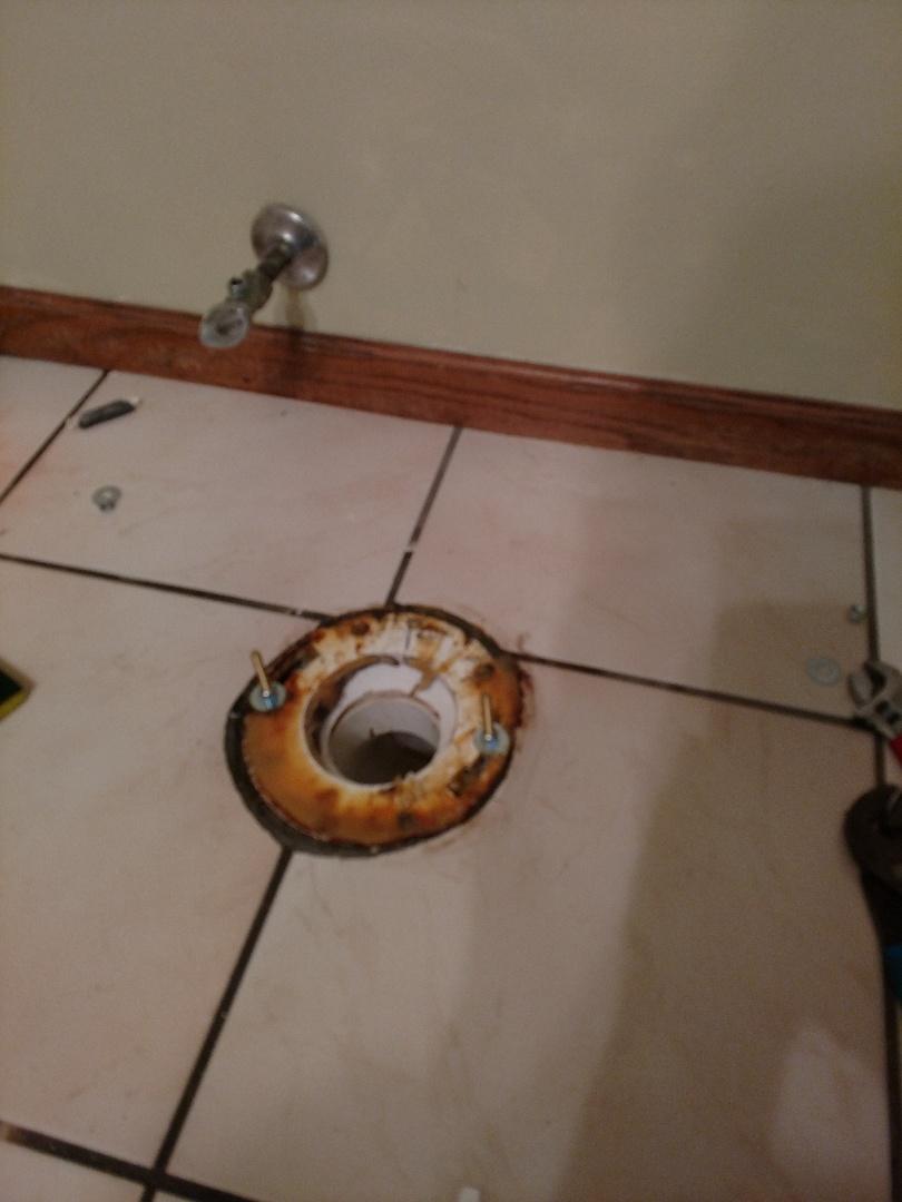 Burnsville, MN - Toilet flange