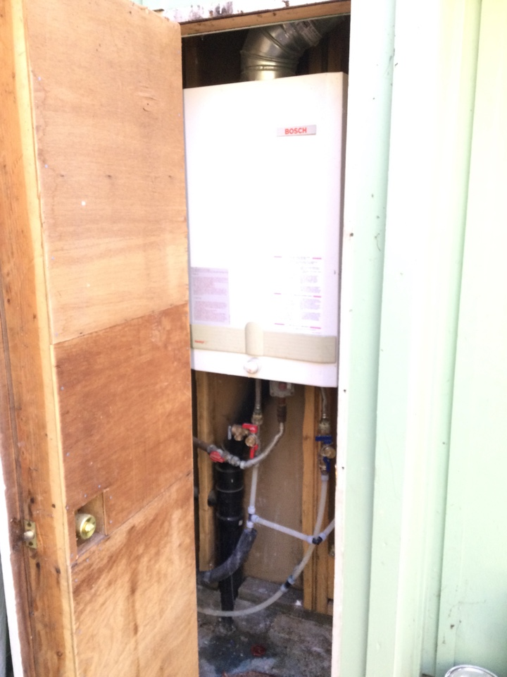Repaired leaking gas line.