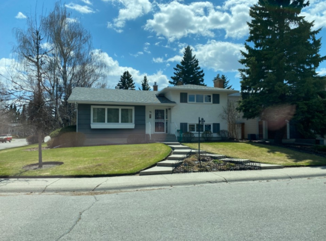 Calgary, AB - Replacing some new energy efficient vinyl windows for a previous customer.