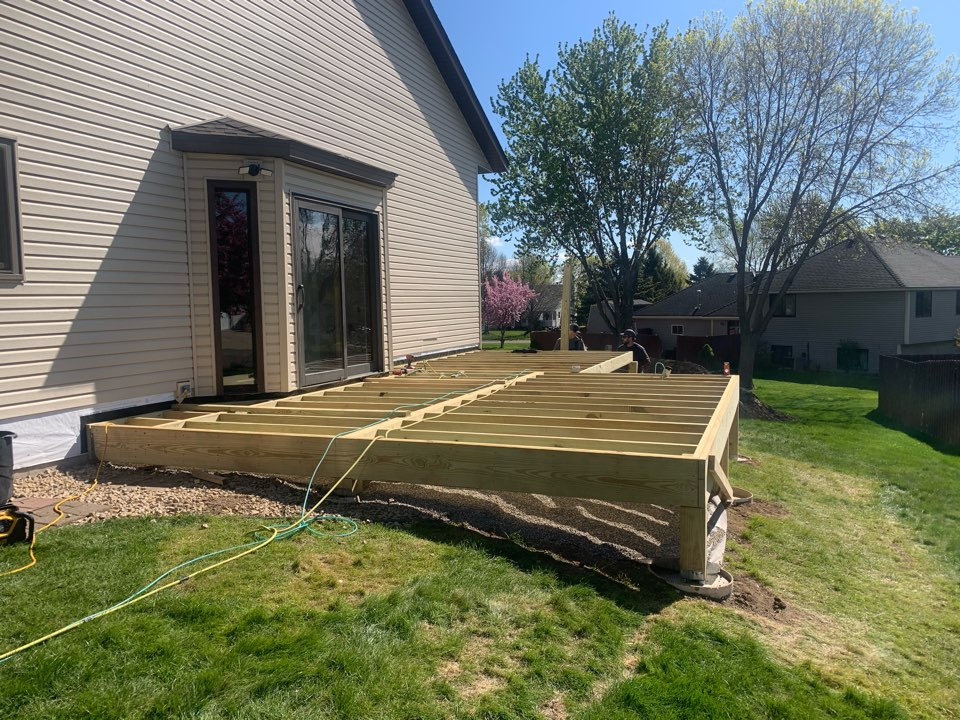 Oakdale, MN - Framing continues - Oakdale Screen Porch