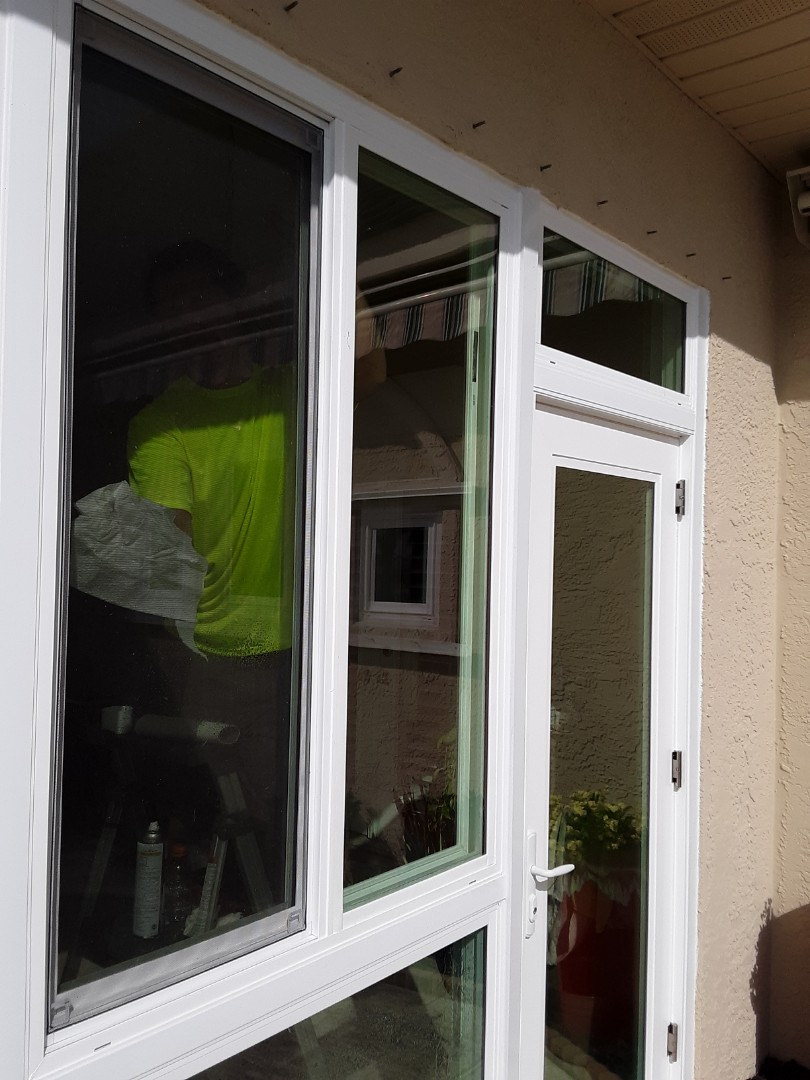 Replacing shwinco impact glass panel