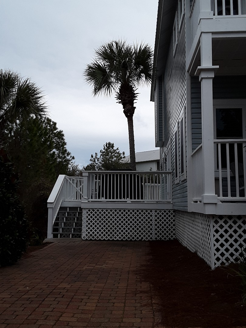 Santa Rosa Beach, FL - Newly-installed Folkers impact rated white vinyl windows