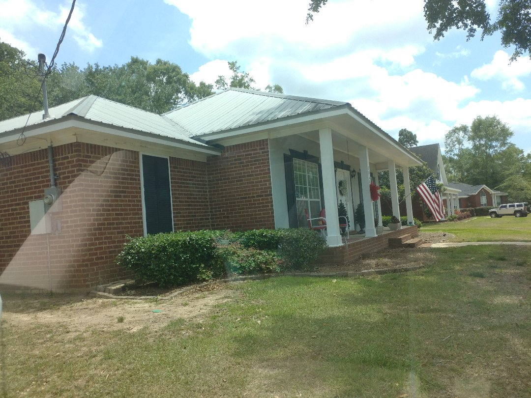 Semmes, AL - New windows from Custom Window Systems, and Folkers