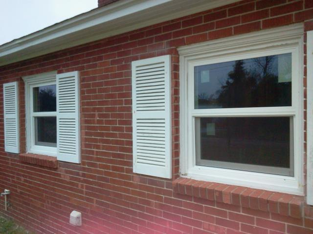Mary Esther, FL - Folkers installed three non-impact Viwinco windows