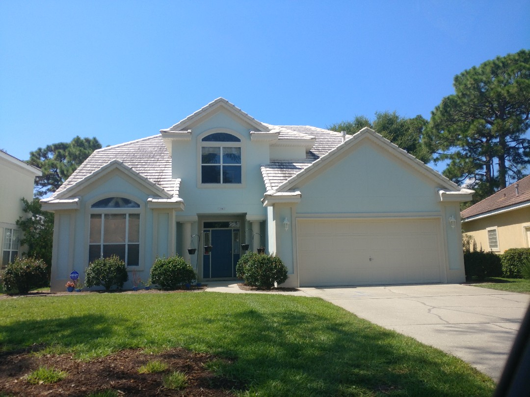 Shalimar, FL - Folkers representative met with the homeowner to discuss replacing existing block bathroom window and six windows that have fogged over.