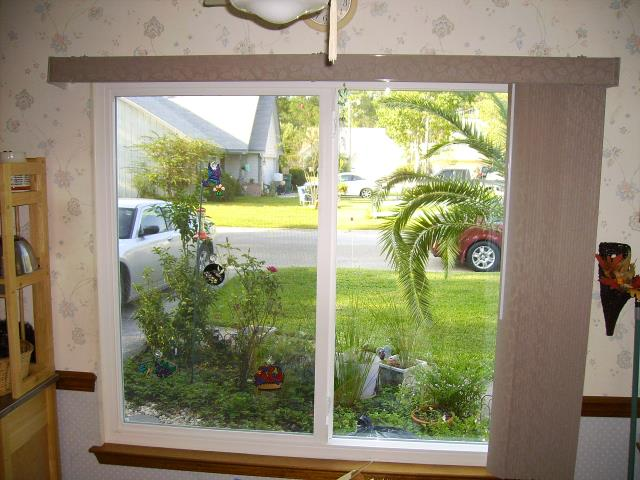 Niceville, FL - Servicing a Viwinco impact rated window