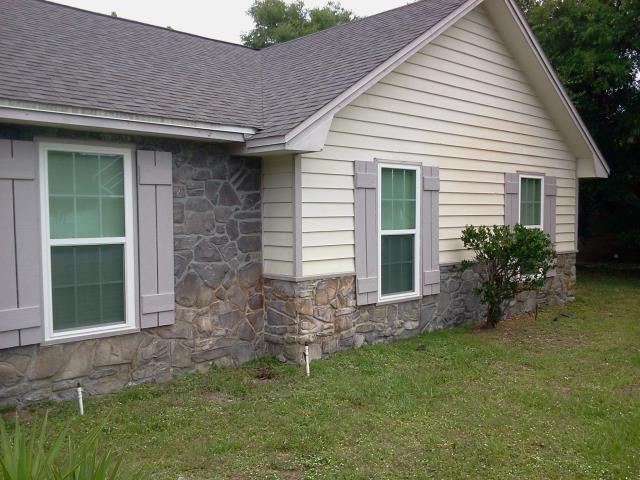 Niceville, FL - Installed thirteen replacement Viiwinco windows