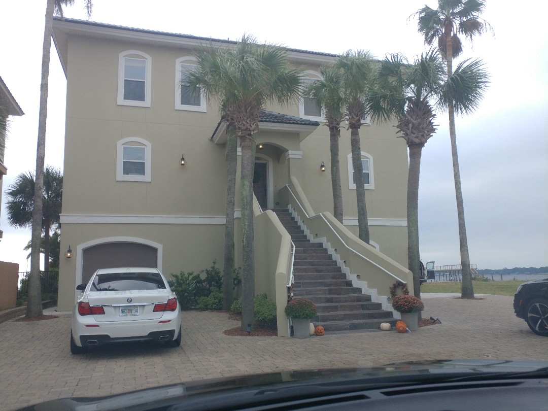 Shalimar, FL - Talking about impact windows and doors